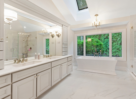 Bathrooms - Dix Hills