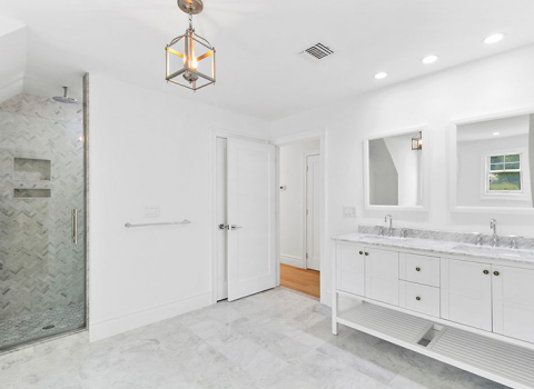 Master Suite Bathroom - East Hampton
