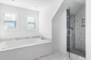 portfolio-East-Hampton-bathroom-contractor-03