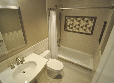 Bathroom - Oyster Bay Cove
