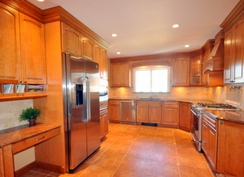 Kitchen - Wantagh