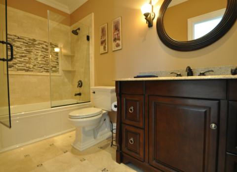 Hallway Bathroom - Melville