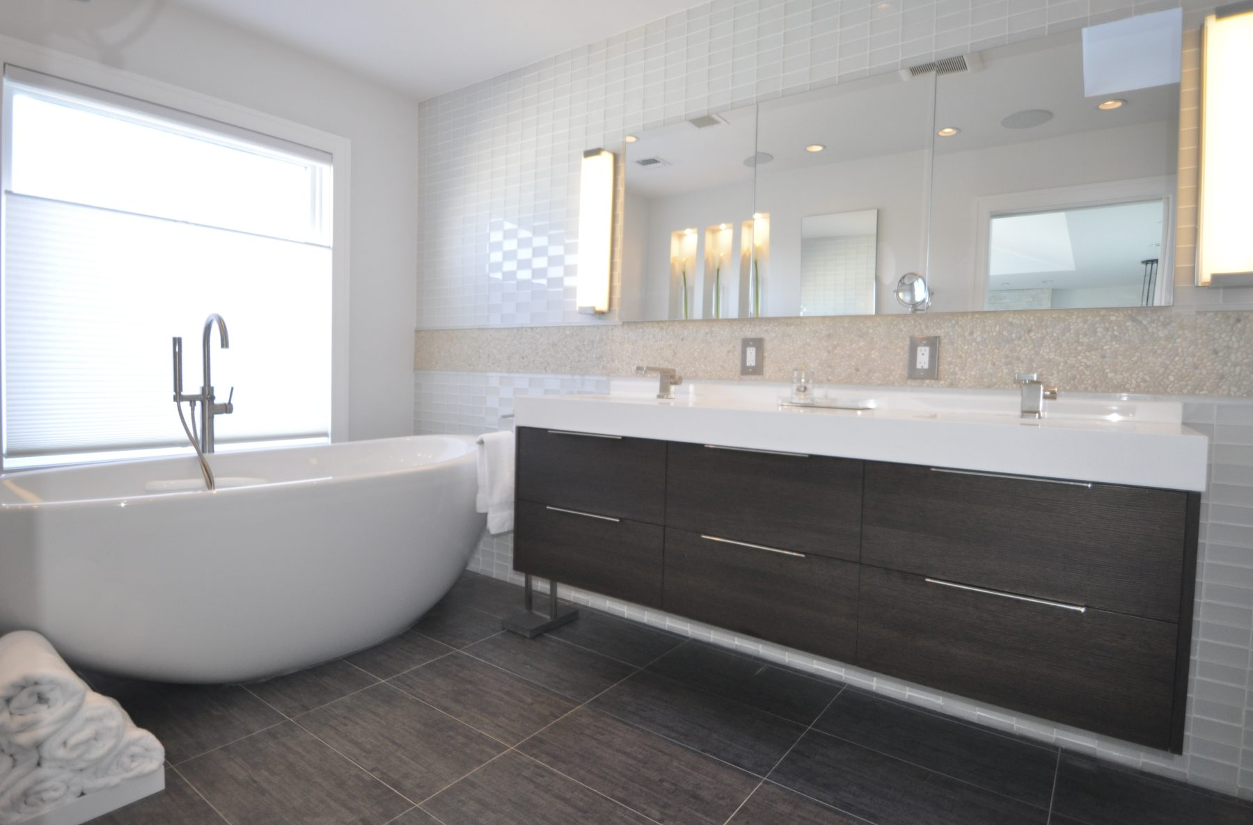 How much to fit a new bathroom - Let Us Work With You To Create Your Ideal New Bathroom Choosing The Highest Quality Materials To Fit Your Budget