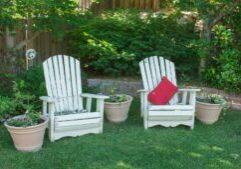 backyard-1474128_1920