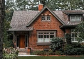 brick-country-home_925x