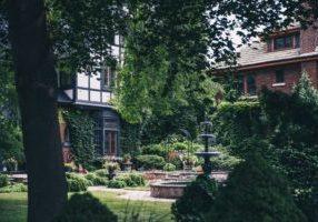 courtyard-fountain_4460x4460