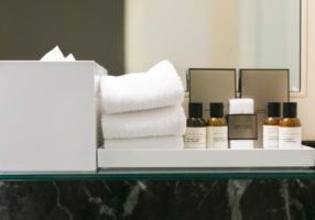 hotel-toiletries_925x