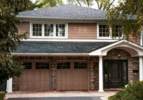 house-with-garage_4460x4460
