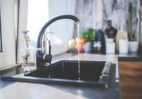 tap-losing-water_1162-111
